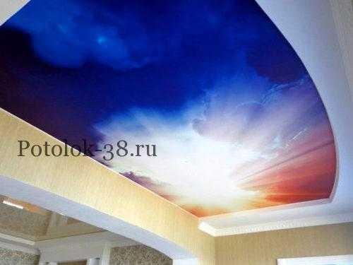 При помощи натяжного потолка можно воплотить любую дизайнерскую идею
